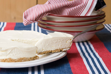Cheesecake με σπιτική ξινόκρεμα